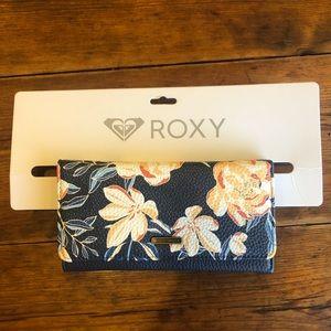 Dark blue flower Roxy wallet